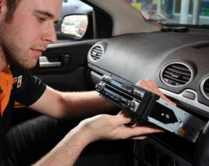 autoradio herstellen