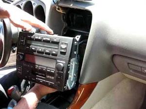 autoradio verwijderen